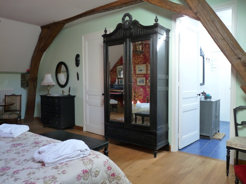eug nie chambres d 39 h tes en bourgogne. Black Bedroom Furniture Sets. Home Design Ideas