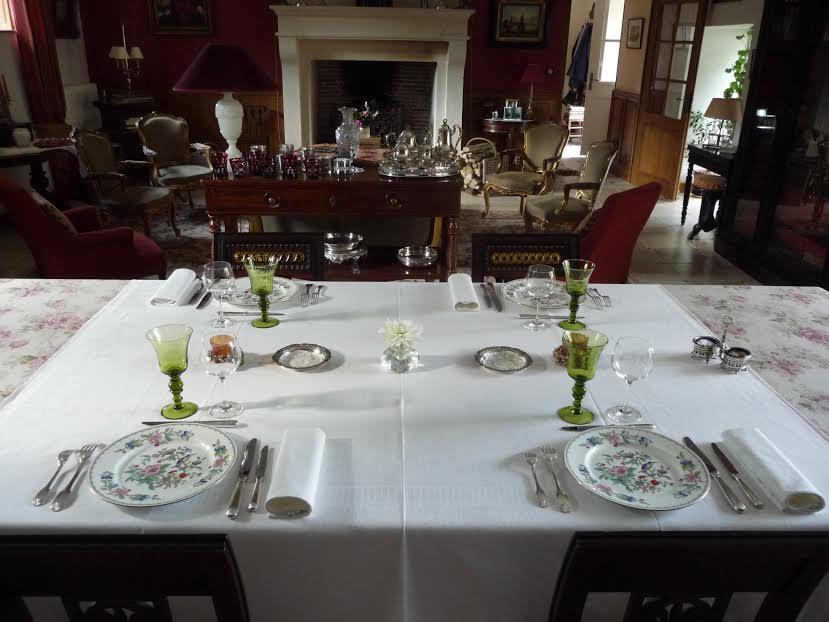 La table d h te chambres d 39 h tes en bourgogne for Chambre d hotes de charme bourgogne