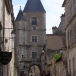 avallon-tour-horloge-bourgogne