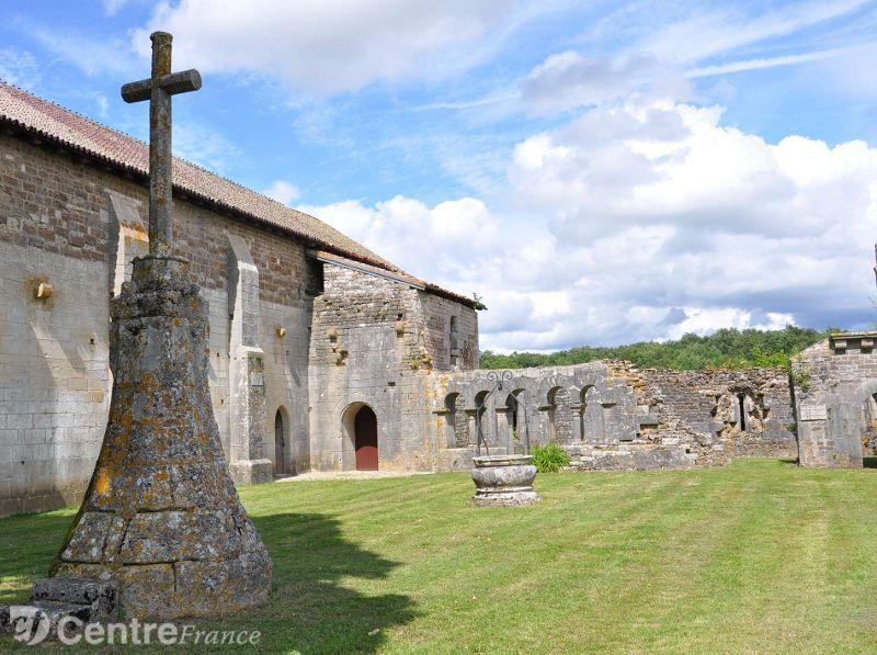 prieuré-saint-jean-les-bonshommes-chambres-d'hôtes-de-charme-bourgogne